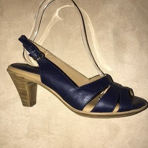 Comfortiva Soft Spots Neima Heels